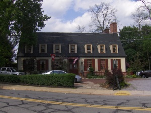 Center Bridge Inn
